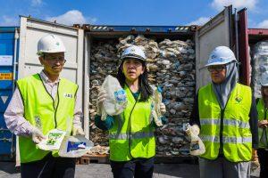 Министърката на околната среда в Малайзия Йео Бий Ин
